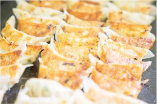 広島県産霜降り豚肉を使用しています。